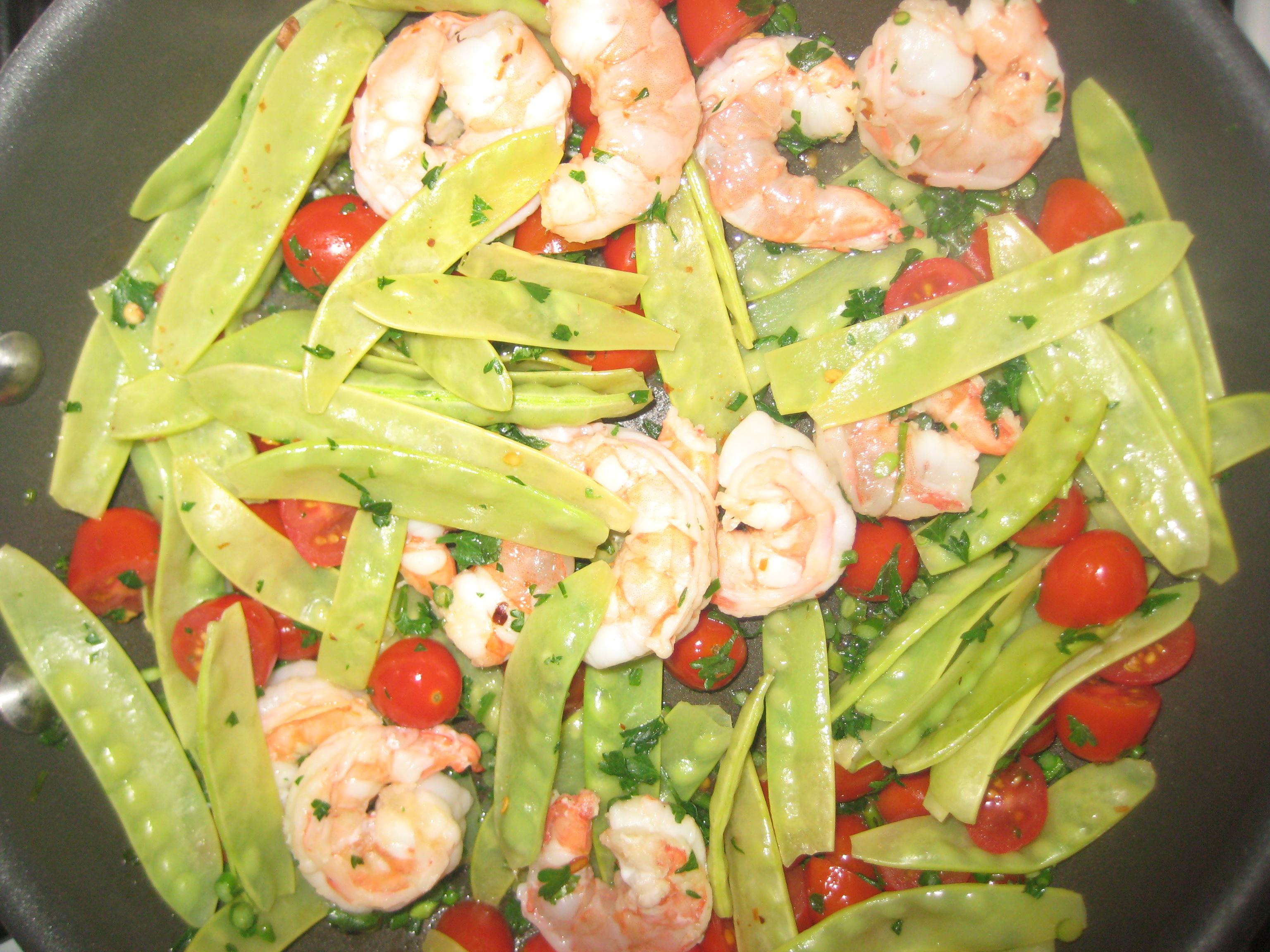 Shrimp and snow pea stir-fry | Nutripundit